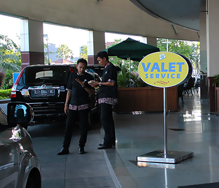 facility/valet_service.jpg